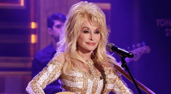 Some Dolly Parton facts for her 73rd Birthday!