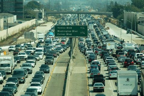 Time lapse of Los Angeles traffic.