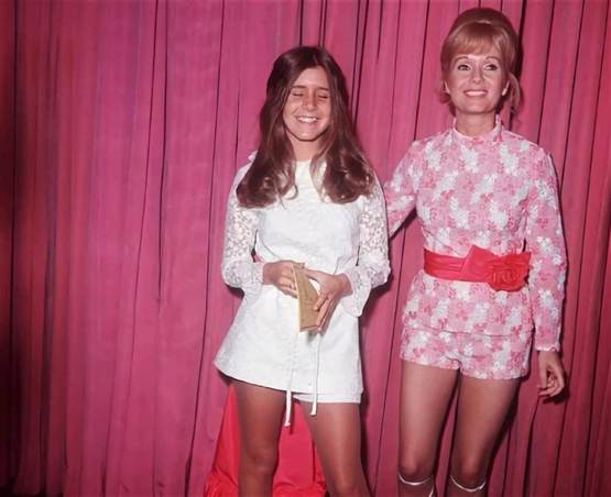 Carrie Fisher and her mom Debbie Reynolds