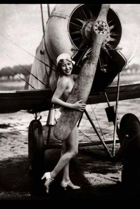 Belle and the biplane