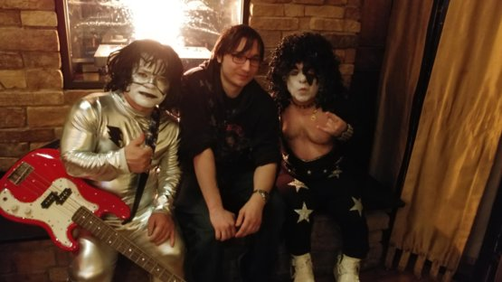 I'm at a friend's kiss themed birthday party and 2 members of mini kiss showed up
