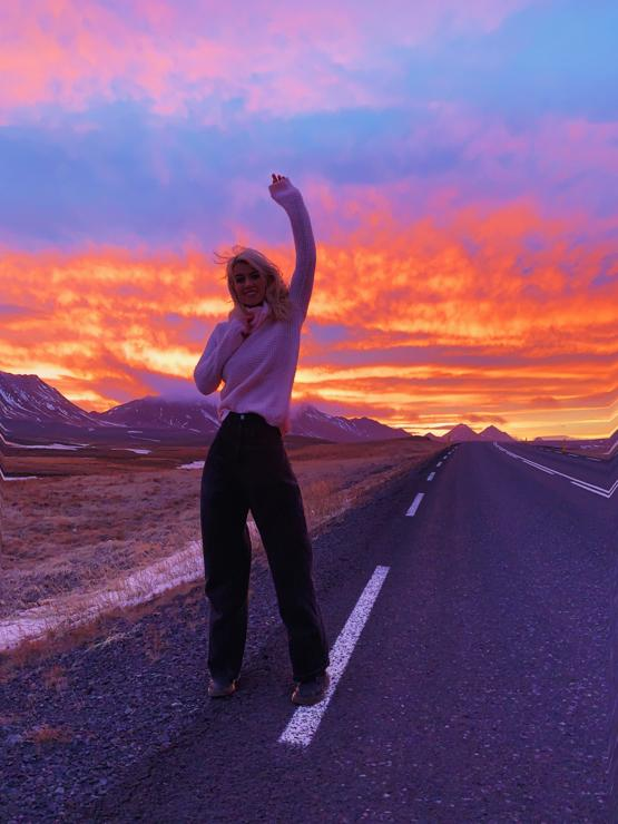 Doing a solo ring road trip around Iceland, pulled over to take this photo of the sunrise!