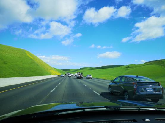 Was on my way to Yosemite and couldn't help but feel like I was driving through a Windows XP Desktop
