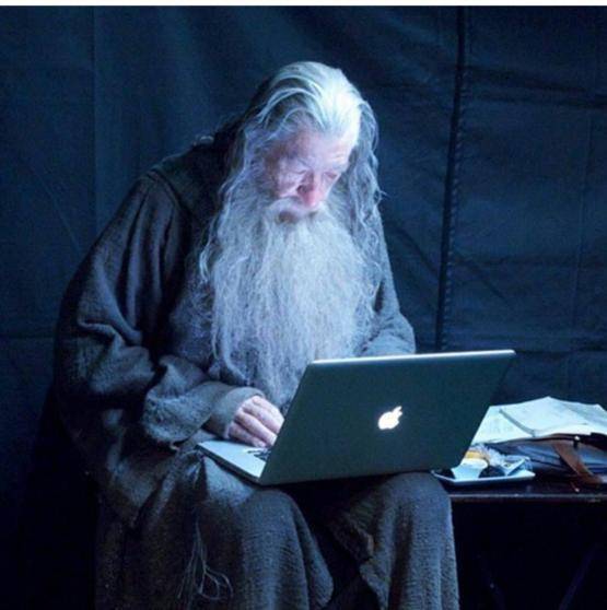 Gandalf checks his emails (behind the scenes of The Hobbit)