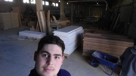 After almost 2 years of being unemployed i finally got a jobbat a wood working factory (3 weeks in it)