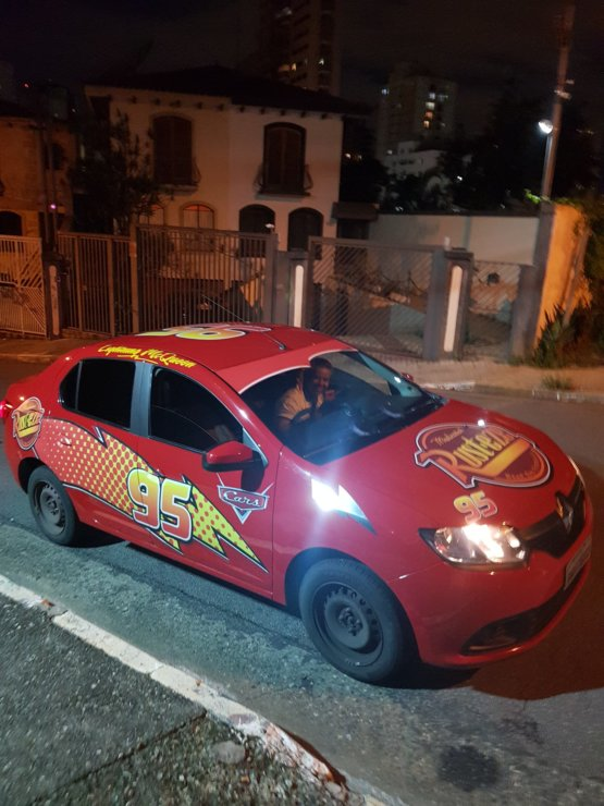 In Brazil, a guy called a Uber, then came Lightning McQueen. kachow!