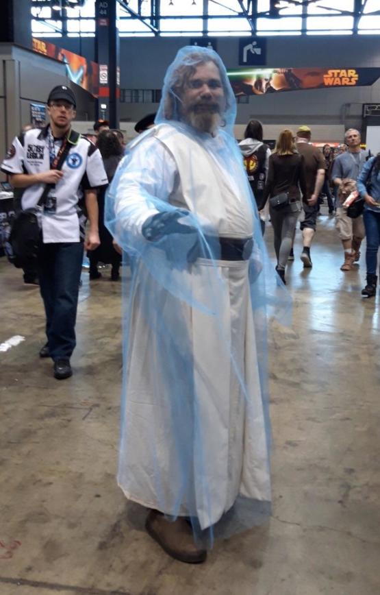 Luke Skywalker force ghost cosplay