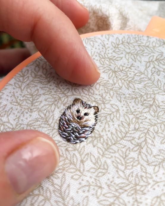 Tiny hedgehog - hand embroidery