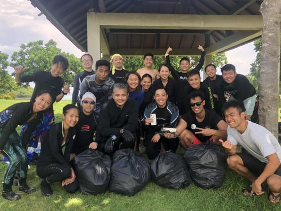 We did an underwater cleanup for World Oceans Day! Lots of plastic trash, and we even found an iPhone X and a drone! #trashtag