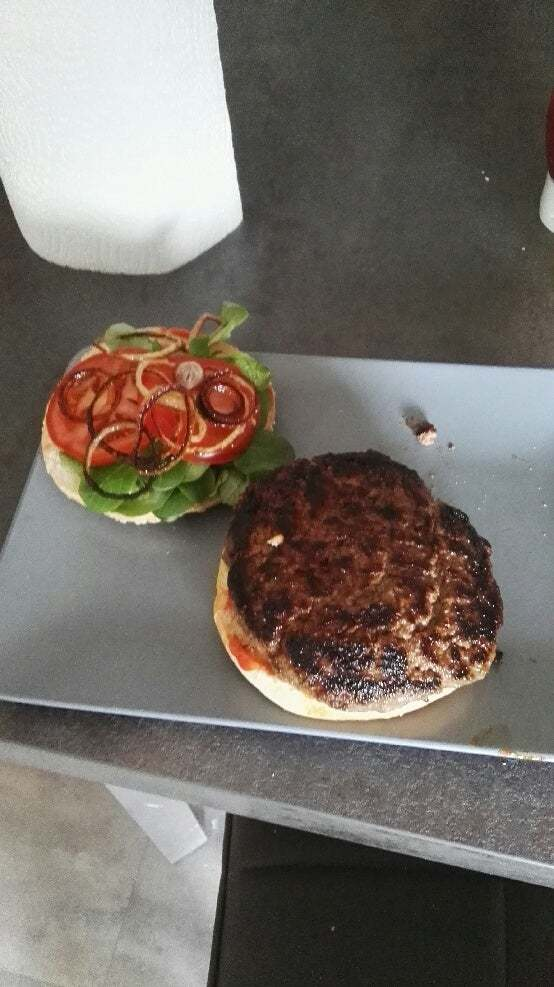 I'm 15 and I have never cooked very well. Today I tried to maje a burger using Gordon Ramsay's tips, turns out to be the best burger I've ever eaten. I just want to share this burger with reddit.