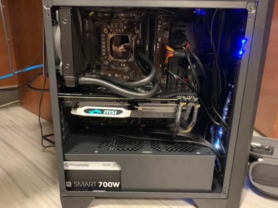 Just wanna show off my first ever pc build! Figured someone would appreciate it