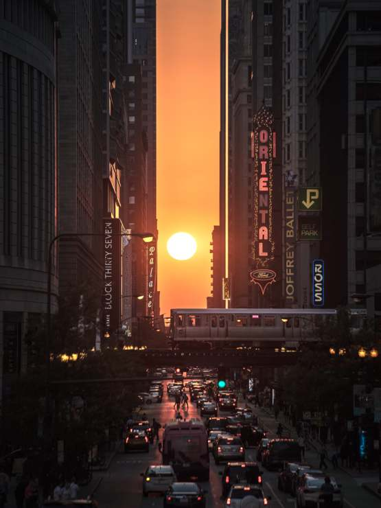 Starting later this week, the sun will line up with the streets of downtown Chicago (OC)