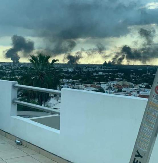 This is how the Mexican Drug War looks like. This happened today in Culiacán, Sinaloa.