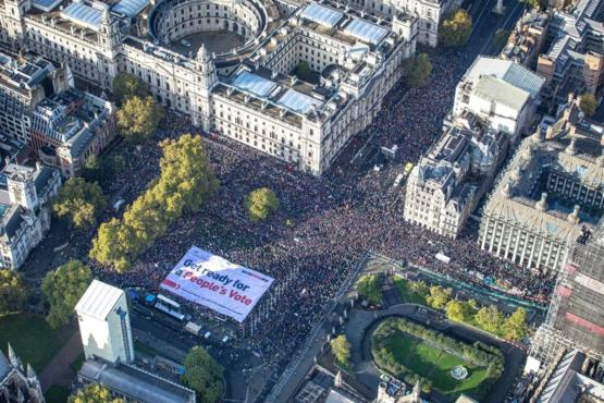 1 million protesters gathered at Parliament Square in England to protest Brexit
