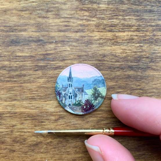 I painted this scene on a five cent Euro.