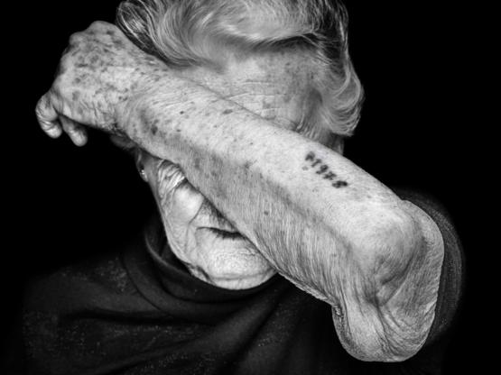 Today (27.01) is the International Holocaust Remembrance Day. This is an image taken by Swiss photographer Beat Mumenthaler showing one of the last survivors.