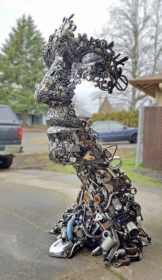 Amazing sculpture made from scrap metal