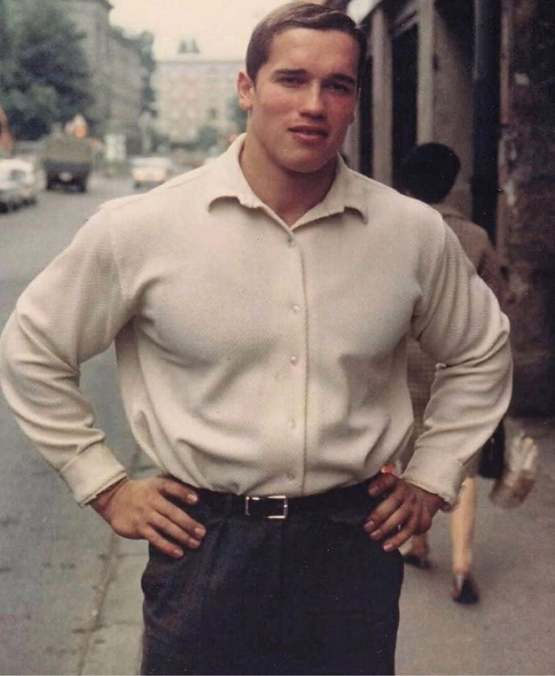 This is how Arnold Schwarzenegger used to look in the 1960s