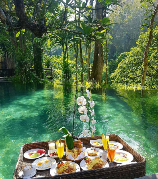 Who else is up for floating breakfast and scenery of beautiful sunrise and mountains.