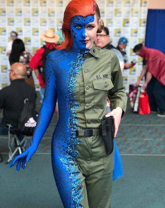 Mystique cosplay mid merge