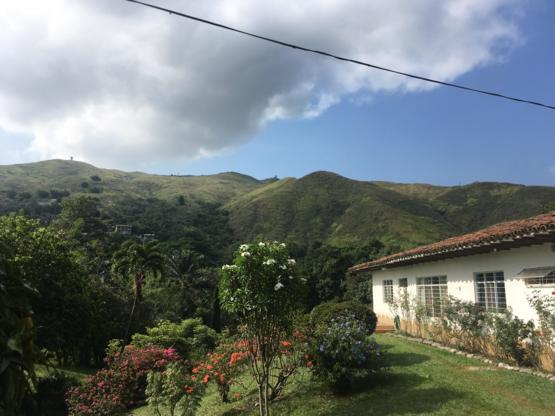 [oc] My grandmothers house in Colombia ????????
