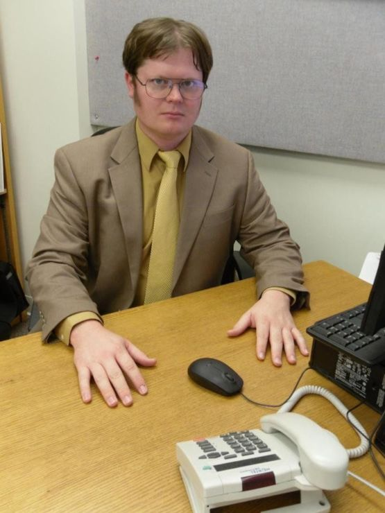 AMAZING Dwight Schrute cosplay