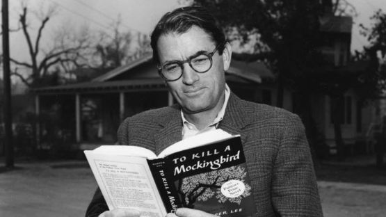 Gregory Peck Reading To Kill A Mockingbird Photograph By Cliff Donaldson