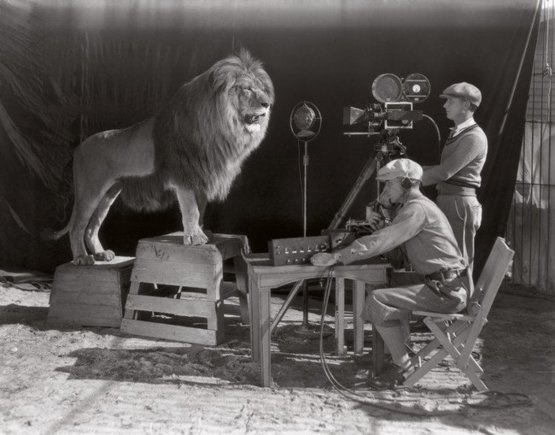 Filming of the MGM opening credits (1928)