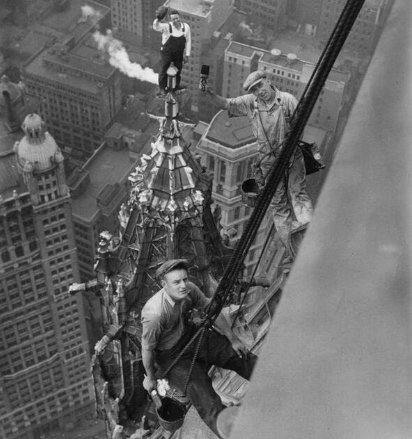 Workers on the Woolworth Building, New York, 1926