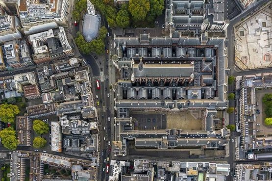 The Royal Courts of Justice #London from above by Jeffrey Milstein via