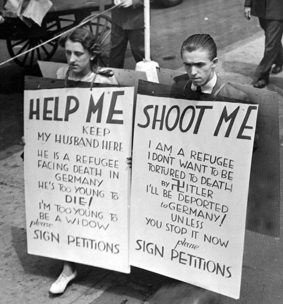 Jewish people protesting in Ellis Island against their deportation back to Germany, 1936