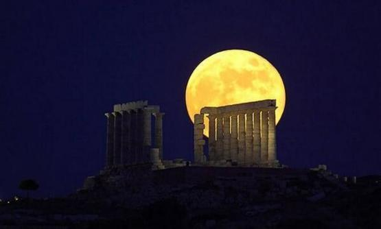 Last night's supermoon over in Greece