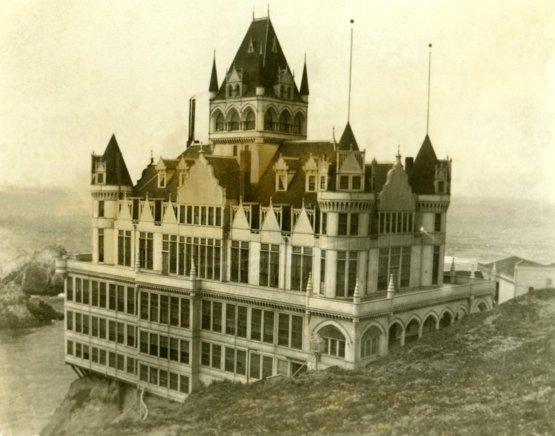 Cliff House, San Francisco, circa the late 1800s and early 1900s.
