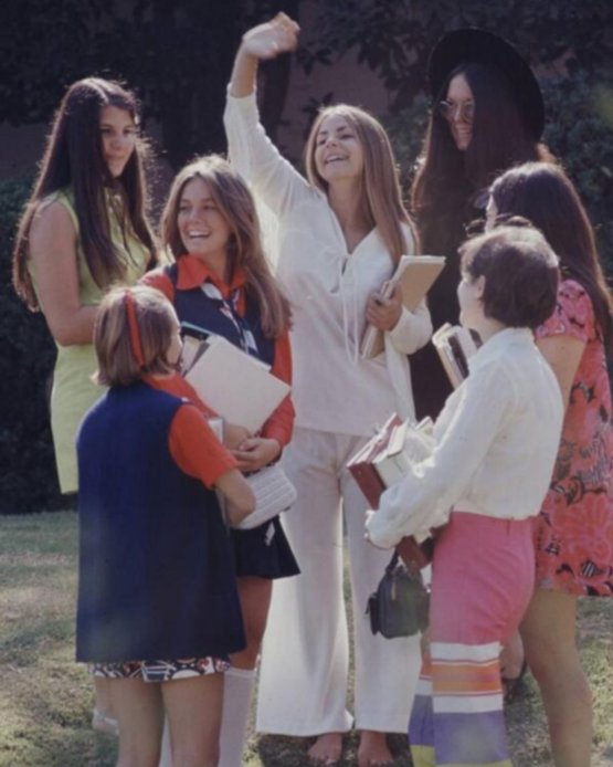 High School Fashion, 1969