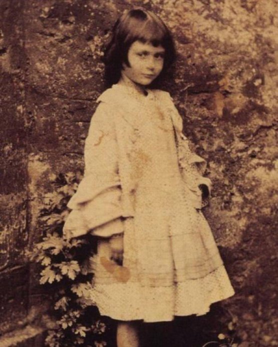 The real Alice in Wonderland, Alice Lindell, 1862.