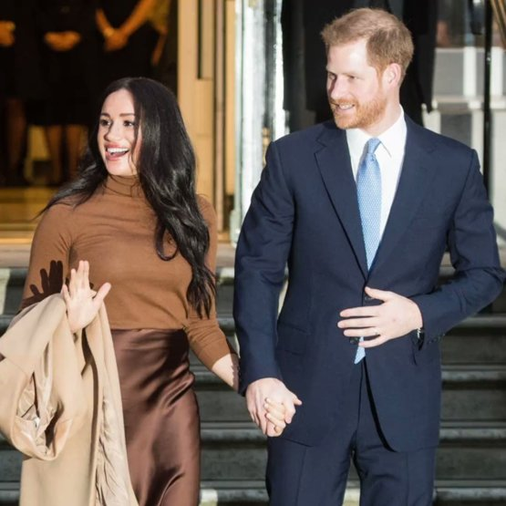 Prince Harry and Meghan Markle are throwing in the towel and heading to Canada!