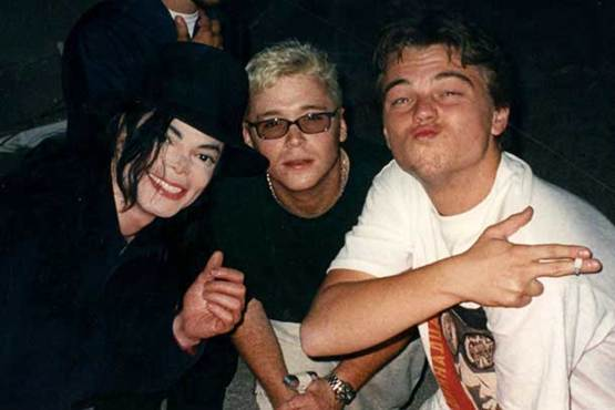 Michael Jackson, Kevin Connolly and Leonardo DiCaprio, 1998