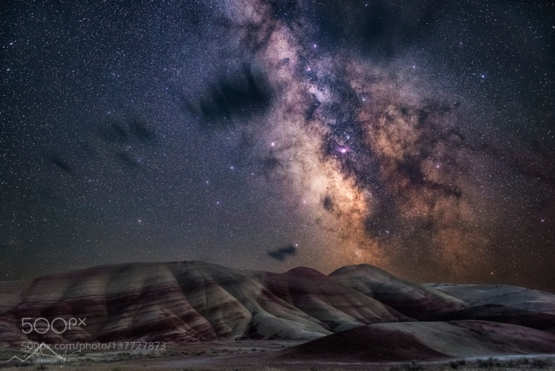 Painted Hills #photo by Nicholas Roemmelt #milkyway