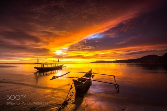 Two Boats at Dusk #photo by Ade Noverzan #Indonesia #sunset