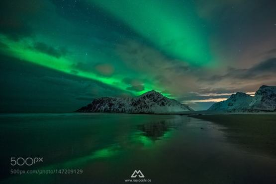 Reflections #photo by Tommaso Maiocchi  #Norway #aurora