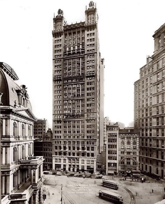 1912 - The Park Row Building, New York. This was the tallest building at the time.
