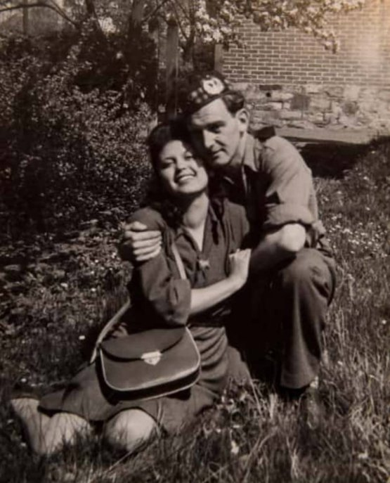 Holocaust survivor and the soldier who rescued her in 1944