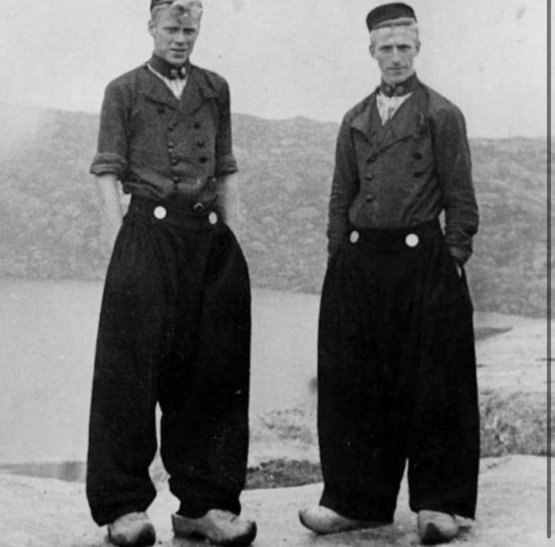 Dutch men in traditional trousers, 1900